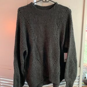 🔥BP ladies cable knit crew neck sweater NWT 🔥